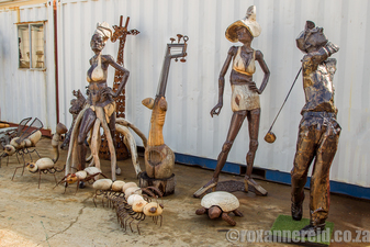 Hout Bay artists Mutasa brothers