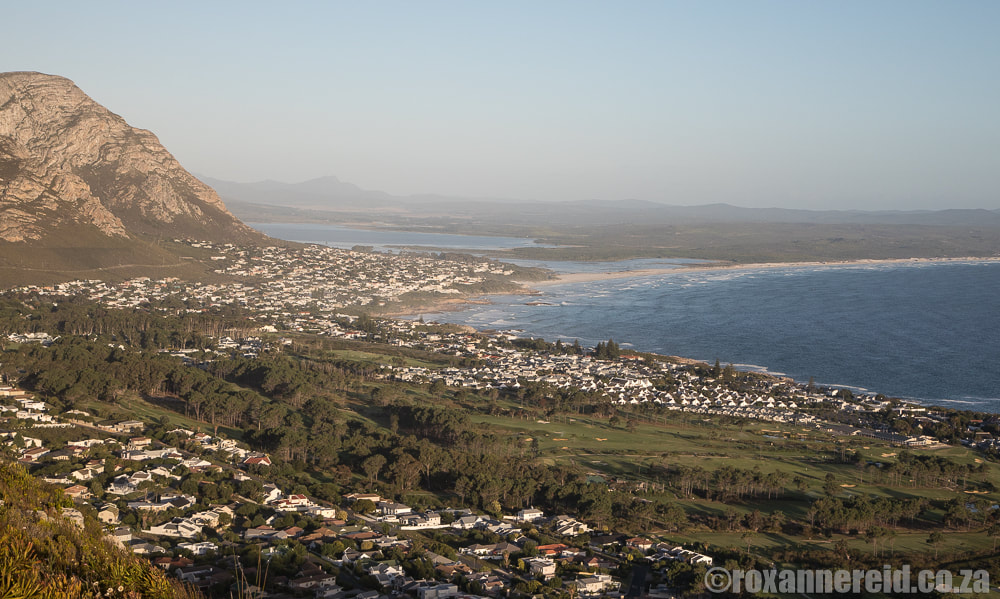 View of Hermanus from the Rotary Way mountain drive