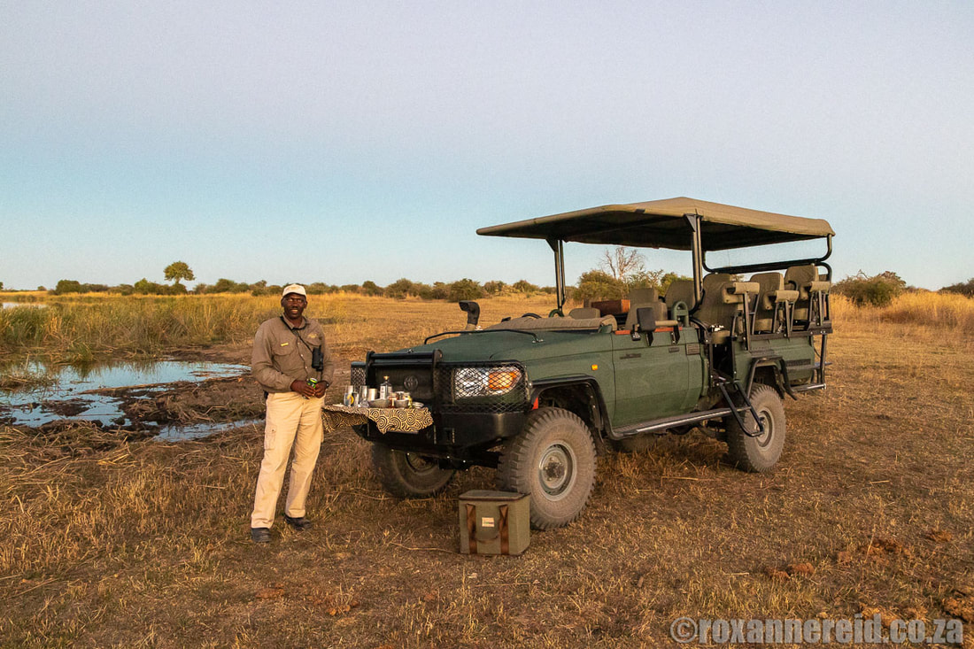 Sundowners on a game drive on the Selinda Reserve