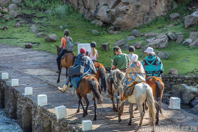 Horseriding in Lesotho at Semonkong