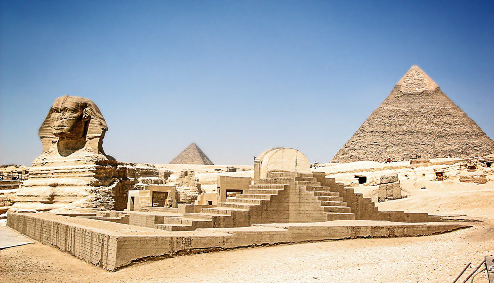 Tourist places in Africa: Sphinx and pyramids at Giza, Egypt